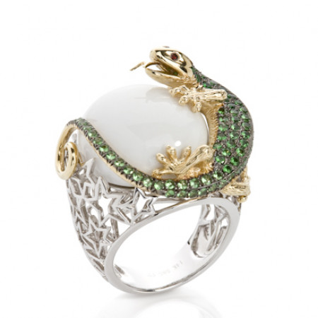 White Onyx Lizard Cocktail with 2 Tone white and yellow gold Women's Engagement Ring