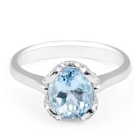 Aquamarine Diamond Ring in18 Karat White Gold Oval-Cut