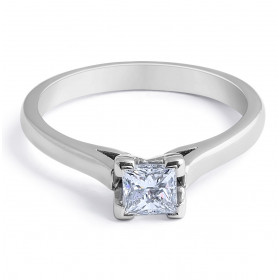 Solitaire Diamond Engagement Ring in 18 Karat White Gold Princes Cut