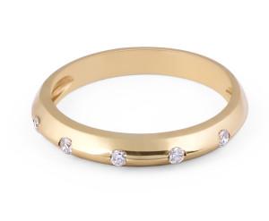 18 Karat Yellow Gold Modern design knife edge diamond wedding band - womens wedding bands