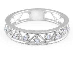 18 Karat White Gold Vintage Diamond Wedding Band