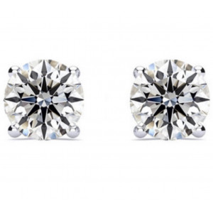 Diamond Stud Solitaire Earring In 4 Claw Setting