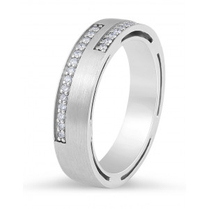 Gents Diamond Wedding Band in 18 Karat White Gold