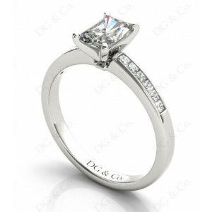 Radiant Cut Diamond Engagement ring with four claws centre stone
